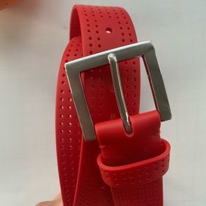 ❤️ NWOT Red silicone belt